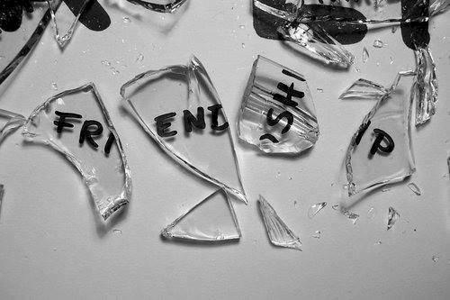 635717409220977390356892121_55065-broken-friendship-imgopt1000x70